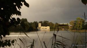 Царицын павильон и Ольгин пруд