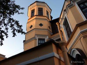 Башня дома Трувеллера
