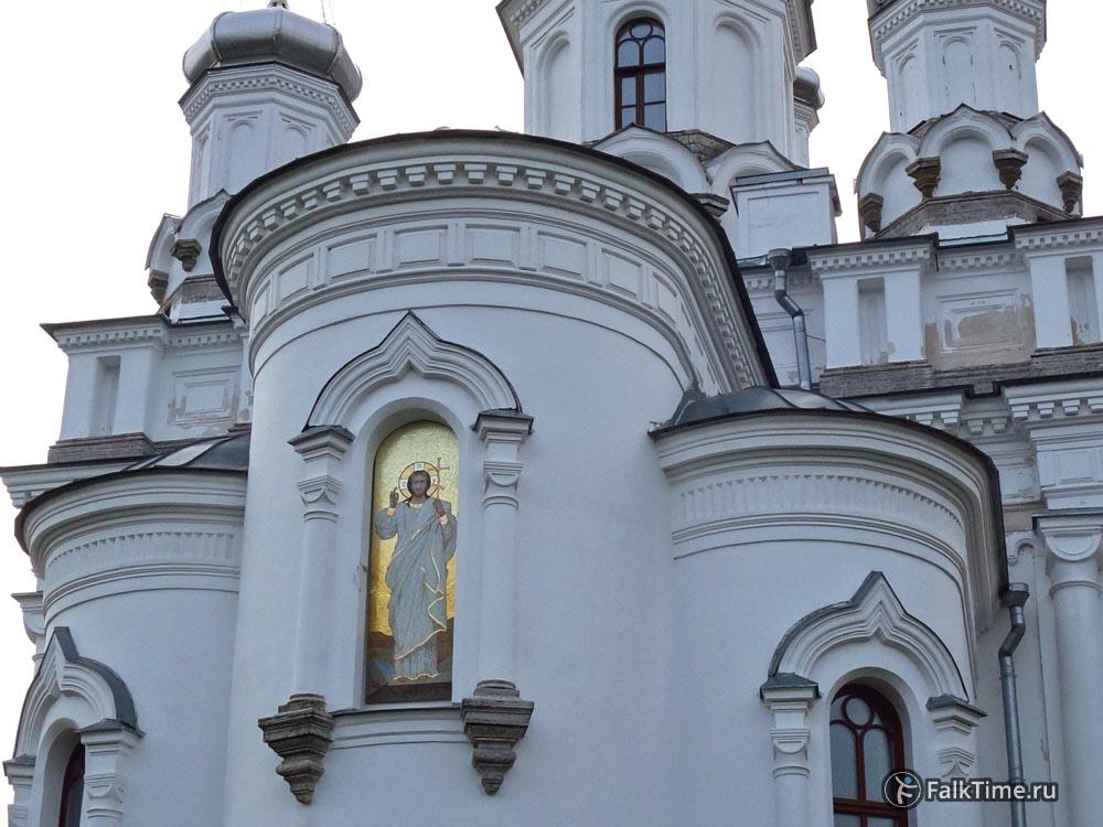 Мозаика на фасаде