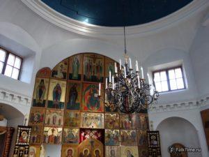 Интерьер церкви св. Петра и Павла