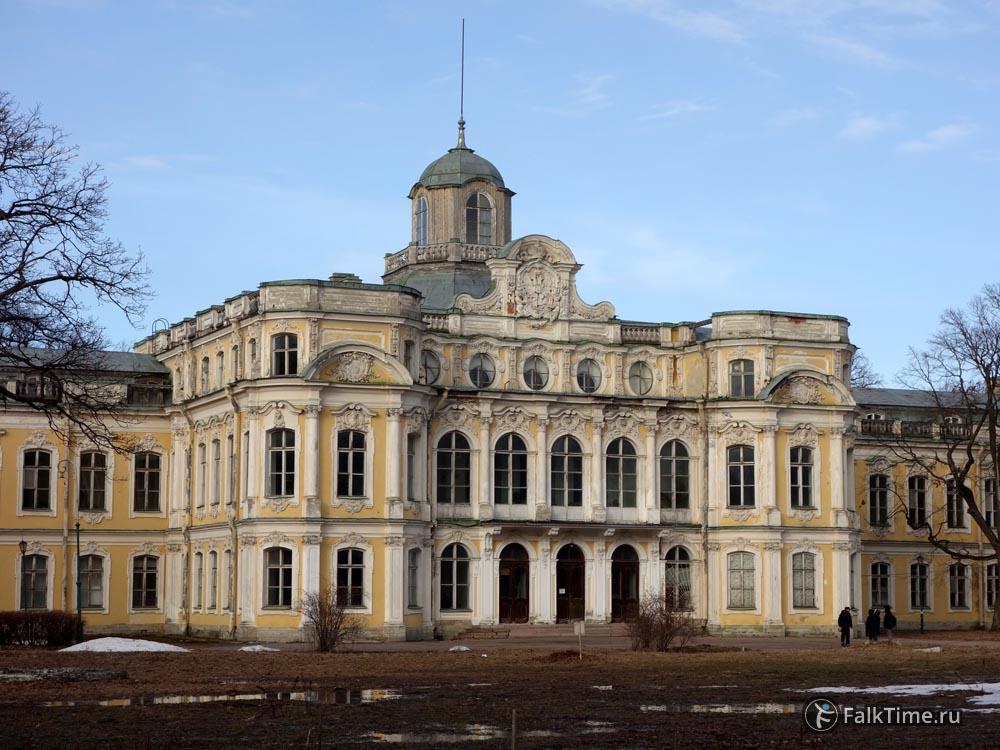 Дворец князя Николая Николаевича в Знаменке